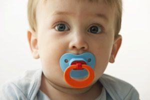 denti ciucciotto bambini